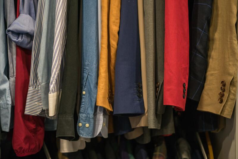 衣類別クリーニングの料金相場